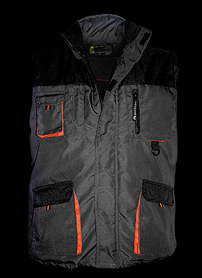 WOPER - Insulated sleeveless vest with many pockets.
